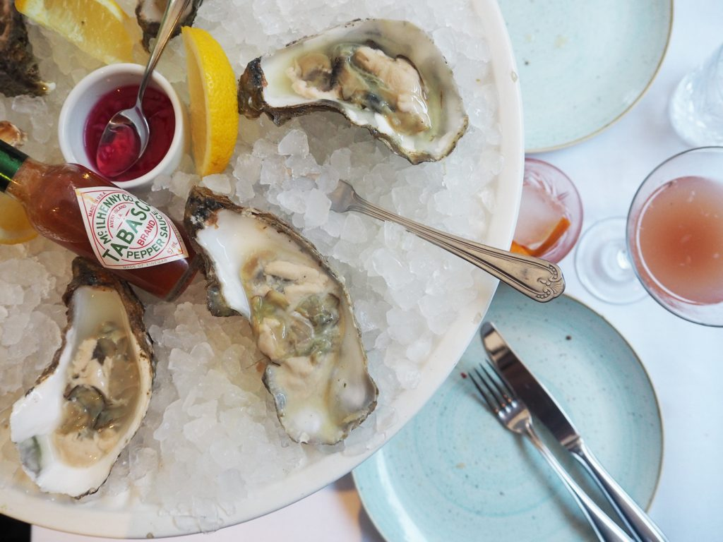 The Artisan Bistro Chelsea, half dozen oysters