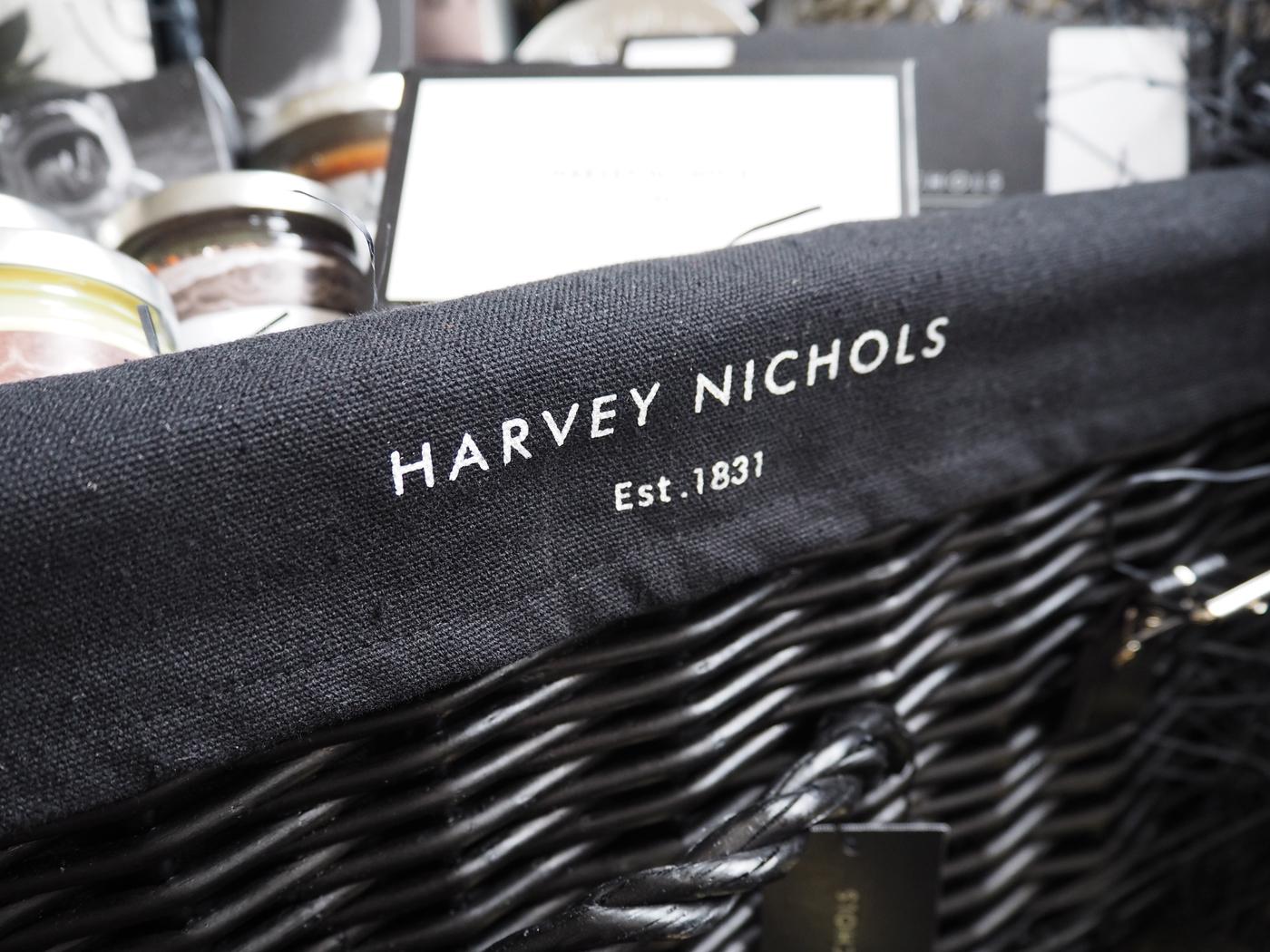 Harvey Nichols Crowd Pleaser hamper