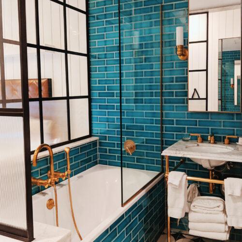 Williamsburg Hotel bathroom